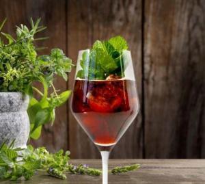 Würzige Mischung: Cocktails mit Kräutern