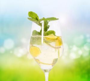 Cocktails mit lieblichem Sekt