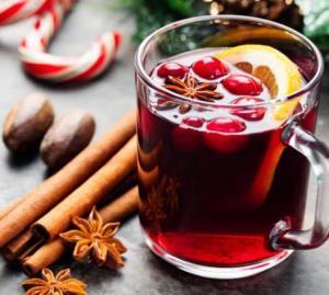 Weihnachtliche Leckereien und Drinks